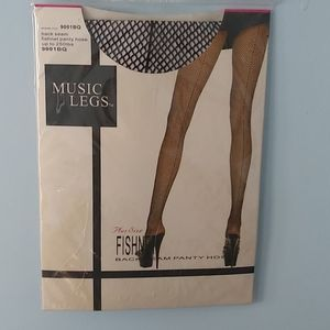 Blk fishnet pantyhose plus up to 250lbs New